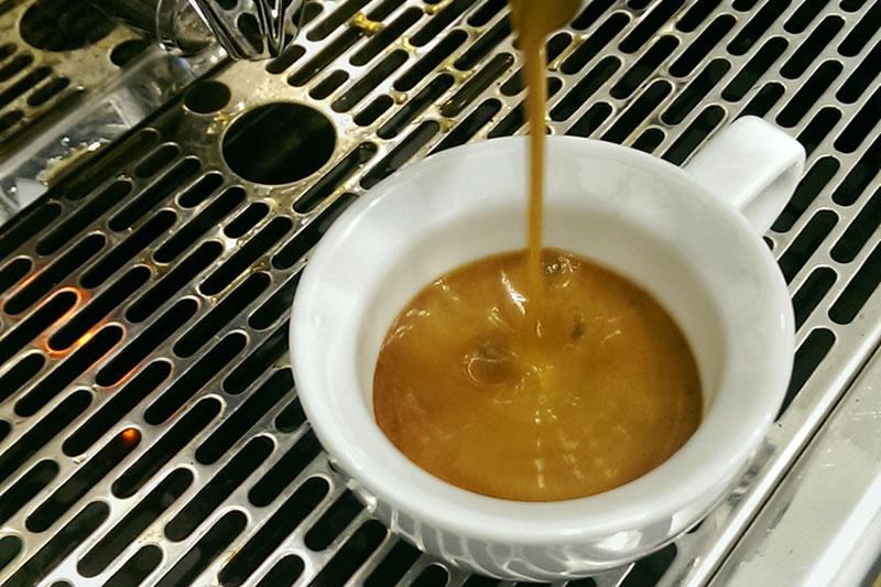 Der Lucaffe Classico im Espresso