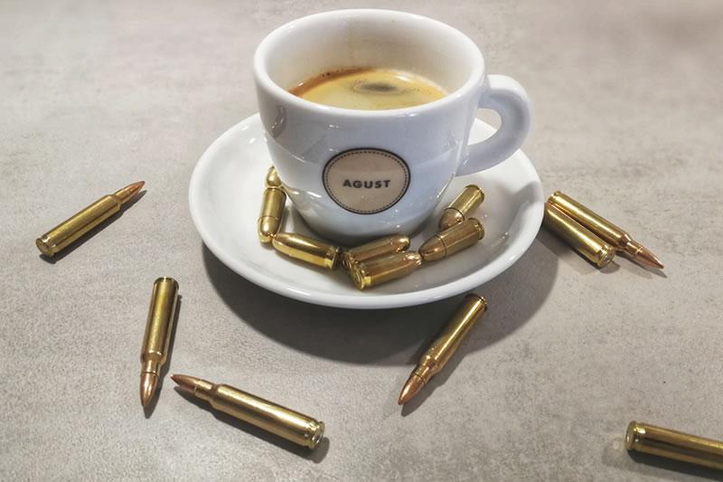 Bulletproof Coffee: Entstehung, Wirkung und Rezept